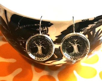 Tree of Life cabochon earrings- 16mm