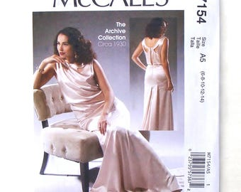 McCall's Archive Collection Misses Dress Circa 1930 Pattern #M7154 - UNCUT -Sizes 6+8+10+12+14  (Bust 30 1/2+31 1/2+32 1/2+34+36)
