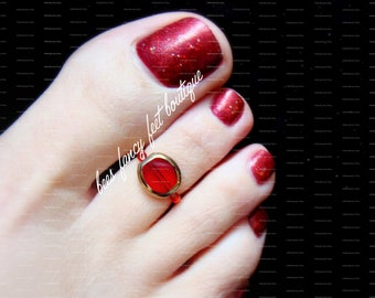 Ruby Toe Ring, Ruby Ring, Red Glass Lentil Bead, Red Beads, Gold Beads, Toe Ring, Ring, Stretch Bead Toe Ring