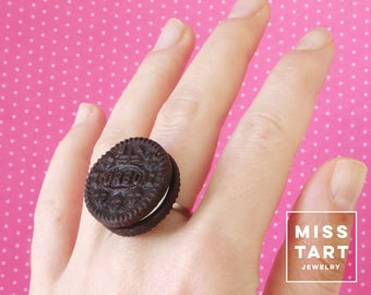 Oreo Cookie Ring / Polymer Clay / Miniature Food Jewelry