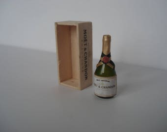 Miniature champagne bottle,  miniature wine, One inch 1:12 scale bottle, Dollshouse champagne crate, miniature bottle