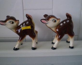 Adorable Vintage Deer Salt and pepper shakers Souvenir