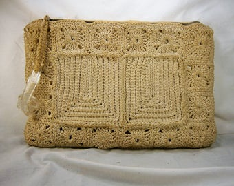 Crocheted Handbag, Ivory Crochet Clutch, Lucite Zipper Pull, Vintage Purse, Crochet Pocketbook, Off White Evening Bag, Large Clutch Bag