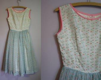 1950's Party Dress // Velvet Floral Print // XS