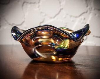 Sehr seltene 60er Jahre Tschechische Kunst Glasschüssel, hoch irisierende Oberfläche mit gebrochenen Abriss, Harrach, Skrdlovice Sklo