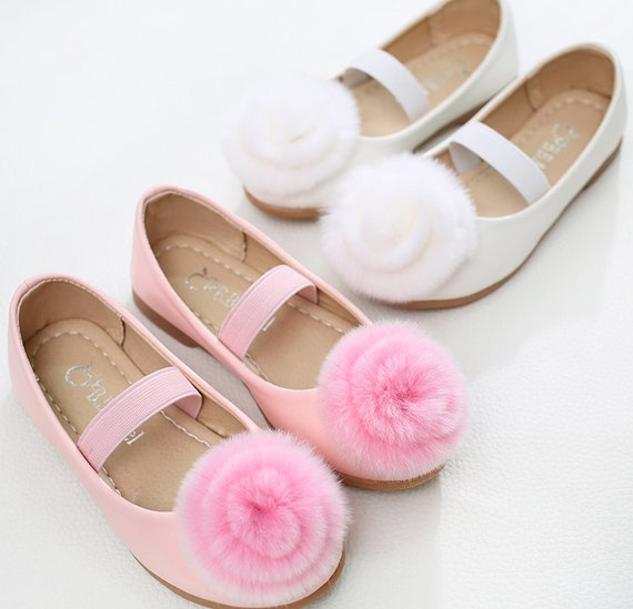 White Flower Girl Shoes/ Cute Girl Shoes/Pearl Party