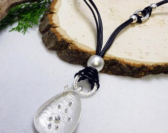 Brushed Matte Silver  Shell Lariat  Necklace