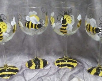 Single, 16 oz.Bumble Bee wine glass