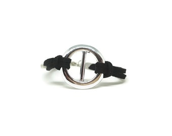 Bracelet made of suede and silver ring