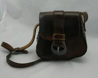 Vintage 70s leather hand bag