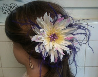 jewelry, feather and flower ivory/jewelry decorative purple/ivory/brooch/hair clip/comb flower jewelry, feather hair/lapel pin / Bobby