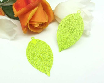 4 prints pendants large feather filigree lime green - 50 * 26 mm