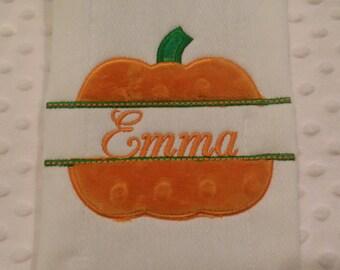 Pumpkin Burp cloth/pumpkin/pumpkin burp/holiday burp cloth/thanksgiving burp cloth/newborn burp cloth/gender neutral burp cloth/