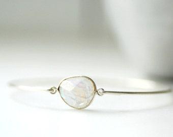 Gemstone Bracelet, Moonstone Bracelet, Bangle Bracelet, Stacking Bracelet, Moonstone Bangle, White Wedding, Wedding Jewelry