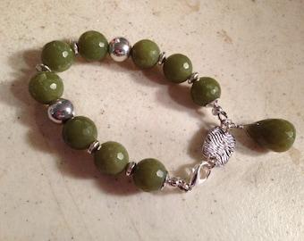 Green Bracelet - Jade Gemstone Jewelry - Chunky Jewellery - Silver - Beaded Bracelet - Fashion - Style