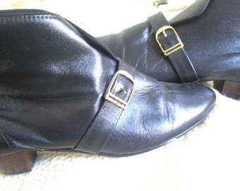 Cool Vintage Black Leather Go-Go Boots NOS