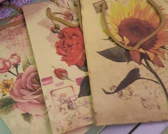 5 vintage-style Kraft paper envelopes