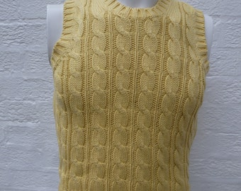 Cable knit cotton tank top 1990s vintage light yellow sleeveless sweater crop top small women yellow clothing unisex fashion urban cable top TKrZklUX