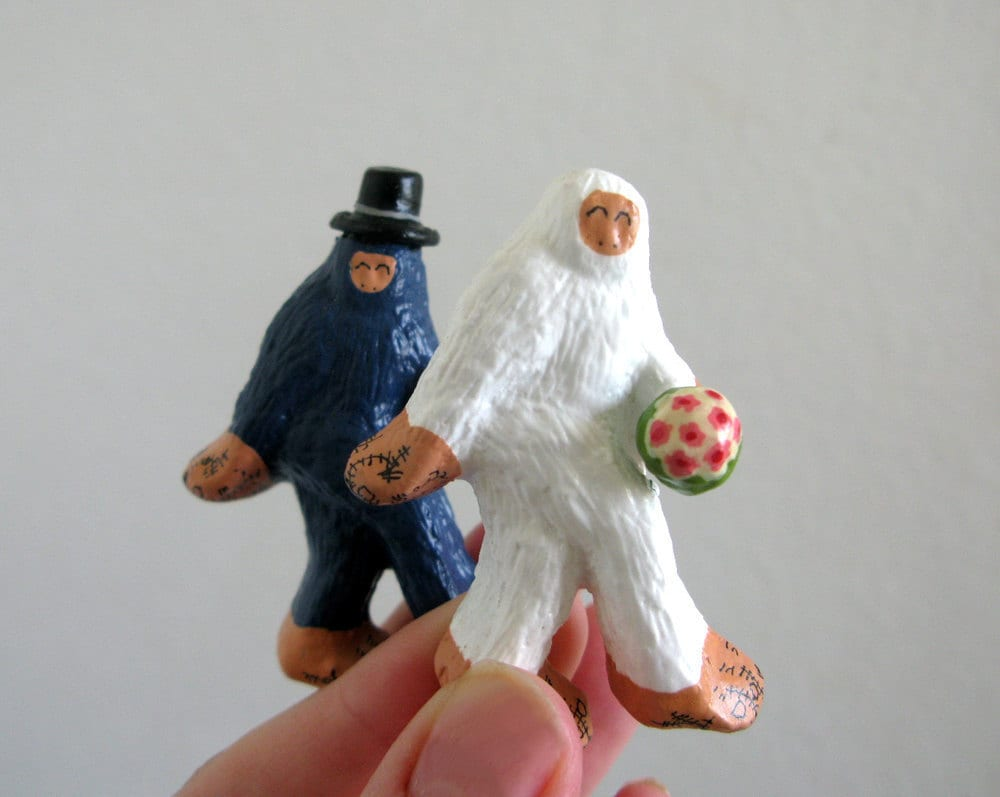 Wedding Cake Toppers Small Super Fancy Bigfoot and The