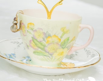 Vintage Teacup Trinket and Jewelry Stand