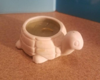 White Turtle coty candle holder