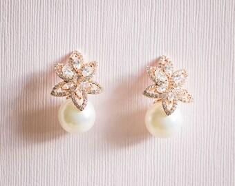 Cubic Zirconia Pearl Earrings, Bridal Earrings, Wedding Earrings,Pearl Earrings, Accessories, Rhinestone Earrings, Silver Crystal Earrings,