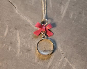 zarte Betonkette mit pinker Schleife - fine concrete necklace with pink ribbon