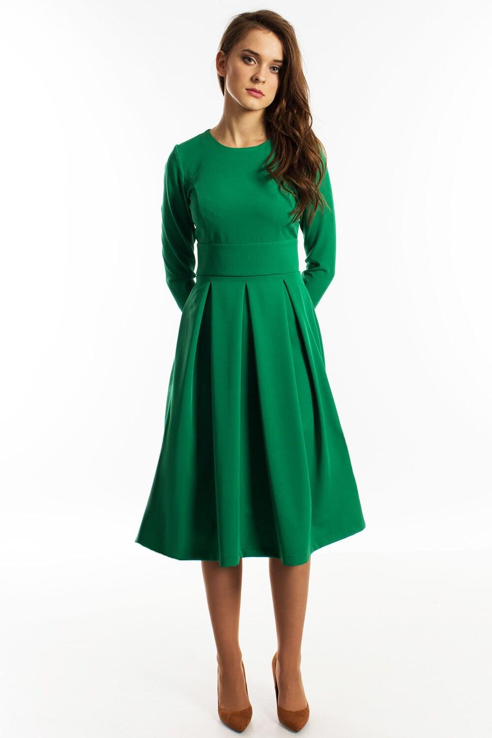 Grüne Brautjungfernkleid minimalistische lange Ärmel Kleid