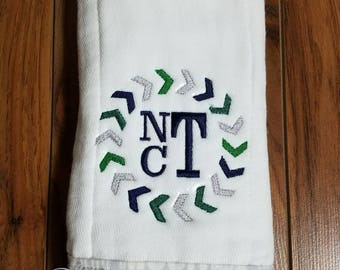 Personalized Baby Burp Cloth, Arrows, embroidered burp cloth, set of 1