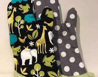 Zoo Animals Polka Dots Lime Gingham Oven Mitt (Pair)