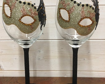 Glitter wine glass masquerade mask