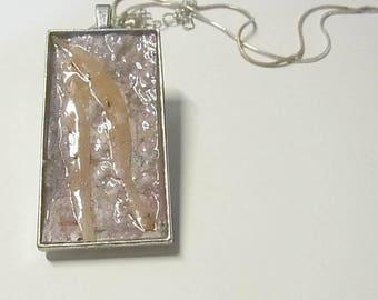 Pentant necklace, gum leaf, Australia