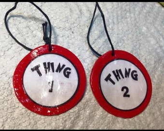 Cat in the hat clay ornament.Thing 1 and thing 2 clay ornament / Gift tag- Dr. Seuss clay ornament-Dr. Seuss gift-Cat in the hat party