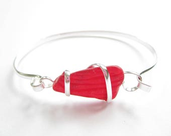 Silver Plated Bangle with Red Sea Glass Piece-Sea Glass Bracelet-Beach Glass Bangle-Beach Glass Jewelry-Sea Glass Jewelry-Bracelet Bangle