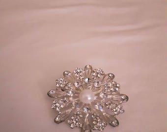 VINTAGE Rhinestones and Faux Pearl Brooch in Silver Tone - Domed Flower Brooch - 1970s - Wedding/Bridal/Anniversary/Birthday
