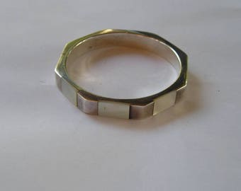 Sterling Silver & Mother of Pearl Shell Octagon Bangle Bracelet