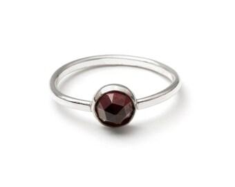 Rosecut Garnet Gemstone Ring