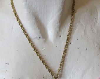 """vintage pear shaped faceted pendant on thick goldtone 21""""chain in good condition"""