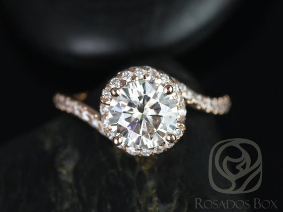 Rosados Box Alicia 7.50mm 14kt Rose Gold Round F1- Moissanite & Diamond Twist Engagement Ring