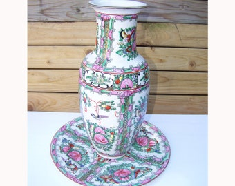Chinese porcelain vase and plate Macau 1970s - Chinese porcelain vase and flat Macau 1970 s