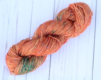 Speckled cantaloupe, READY TO SHIP,  tweed, sock yarn, hand dyed