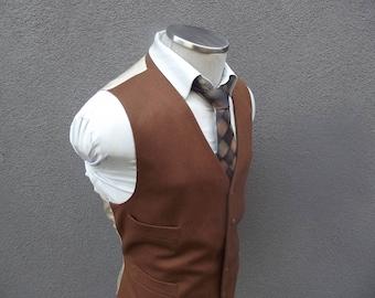 1980s Vintage Brown Cashmere Vest / Wool Cashmere Waistcoat Size 42 Large Lrg / Wedding Vest / Groom Vest / Union Made in Canada / Mens Vest