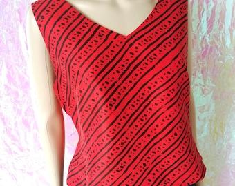 VINTAGE 1990s Grungy Black and Red Tribal Ankara Print Silk Top Large FREEUKP&P