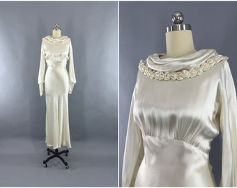 Vintage 1930s Wedding Dress / 30s Bias Cut Dress / 1930 Art Deco Ivory Silk Satin Gown / Size XXS 0 Petite