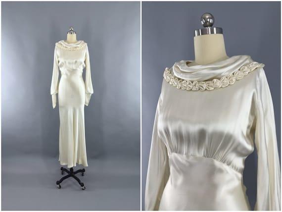 Vintage 1930s Wedding Dress / 30s Bias Cut Dress / 1930 Art