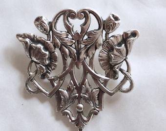 Opiates poppy brooch / pin Art nouveau style silver plated vintage flower