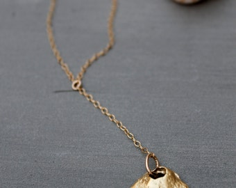 Shell Necklace, 18K Gold Seashell Necklace,  Clam Shell Necklace,  Sea Shell Pendant