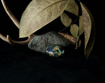Blue and Green Labradorite Cabochon // 89.5 carats // oval shape, oceanic, magical stone // 17