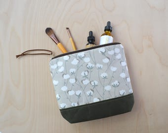 Cosmetic Bag in Cotton Flower with Waxed Canvas - Zipper Clutch, Make Up Pouch, Bridesmaid Clutch, Mother's Day Gift