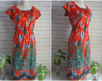 Colorful Boho style Vintage dress - Large size red vintage dress.
